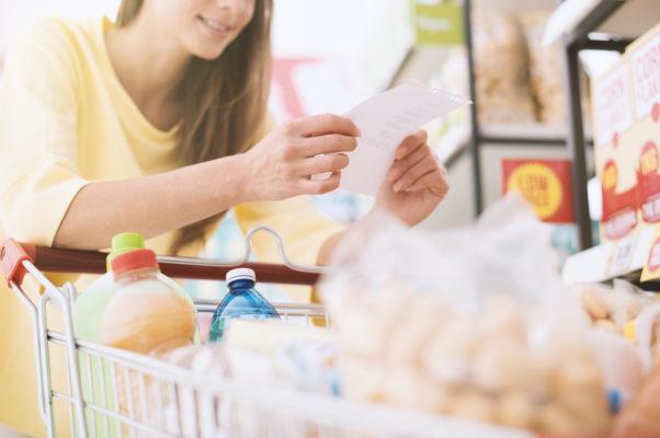 Einkaufszettel hilft beim Sparen