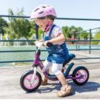 Laufrad-Mädchen
