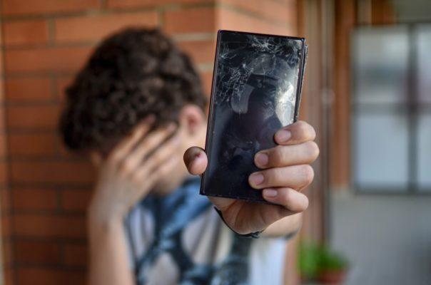 Sony-Smartphone-Schaden