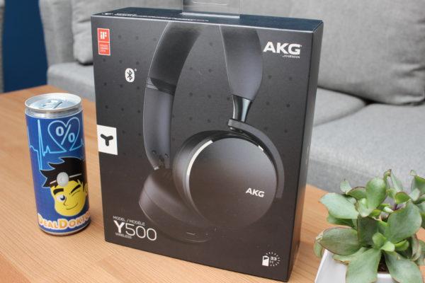 AKG Y500 Verpackung