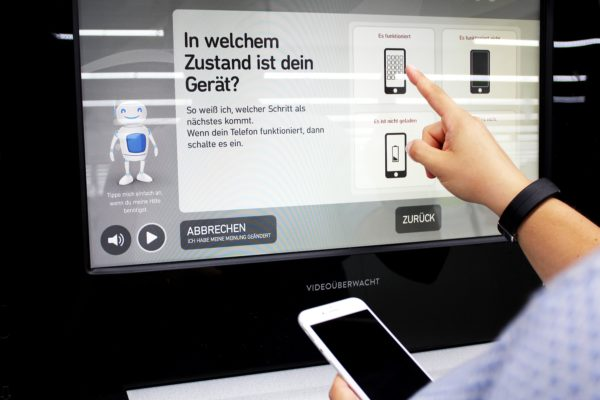 mobiltelefone_smart_entsorgen_automat_bei_mediamarkt_status_zustand_handy