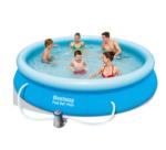 Bestway Fast Set Pool mit Familie