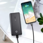 Powerbank-und-Smartphone