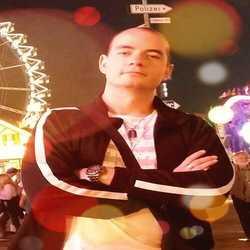 Profilbild von johnnyx84