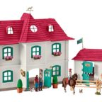 Schleich-Horse-Club-Grosser-Pferdehof-Wohnhaus-und-Stall-42416