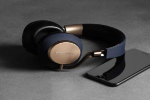 bowers-wilkins-px-bluetooth-headset